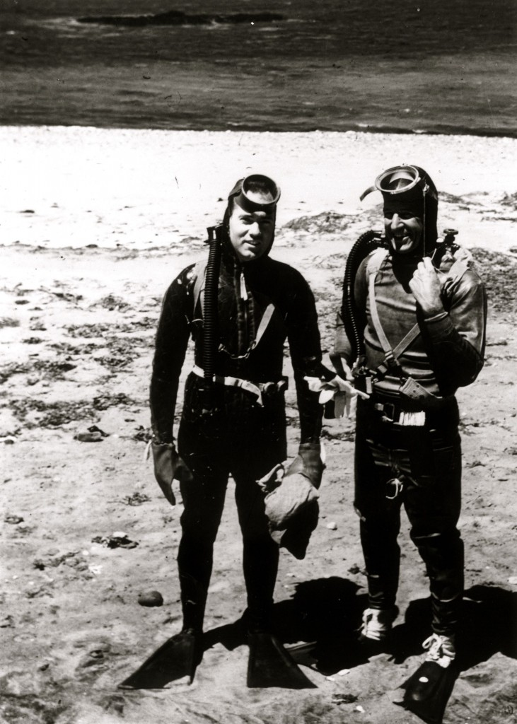 4- c.1943 scuba tests